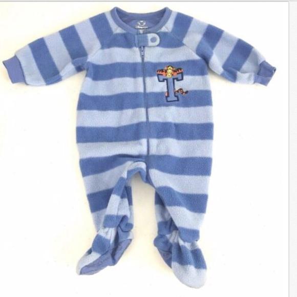 Disney Winnie The Pooh Stretchie Sleeper for Baby Size 12-18 Months